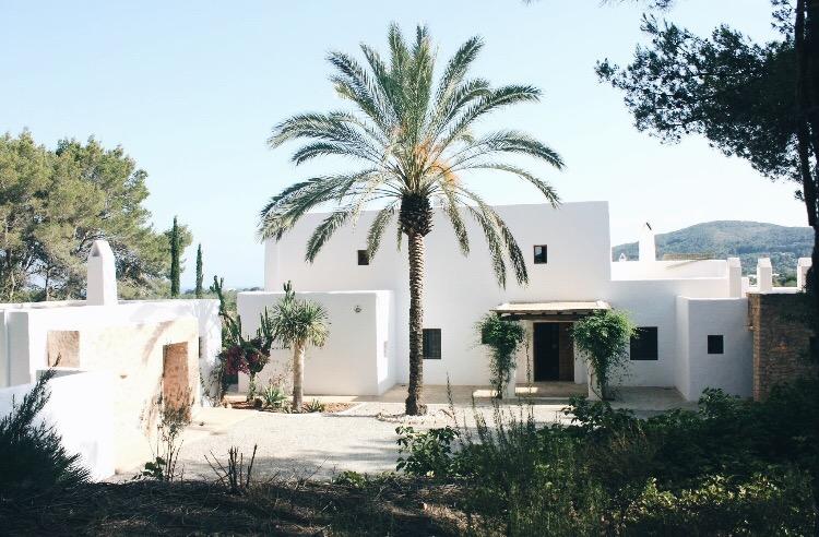 San Carlos – Ibiza – 12 sleeps
